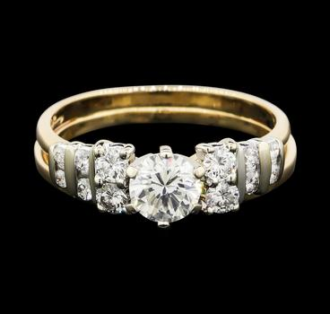 14K Two Tone Gold 5.60 Grams 1.21 Carats t.w. Diamond Lady's Ring