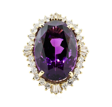 14K Yellow Gold 22.60 Grams Halo Style Diamond Ring With 40.00 Carats Natural Amethyst Center Stone