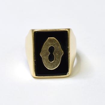 "14K Yellow Gold 13.35 Grams ""O"" Initial Onyx Ring"