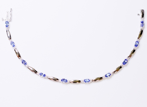 10K White Gold 6.23 Grams Tanzanite and Diamond Bracelet