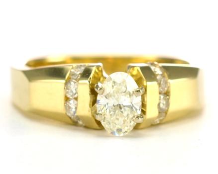 14K Yellow Gold 6.70 Grams 0.67 Carat t.w. Diamond Lady's Ring