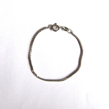 925 Sterling Silver 1.00 Gram Box Style Bracelet