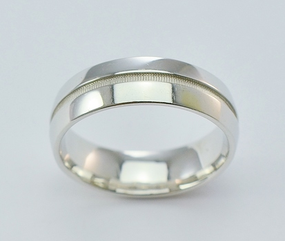14K White Gold 9.01 Grams High Polished Men's Wedding Band