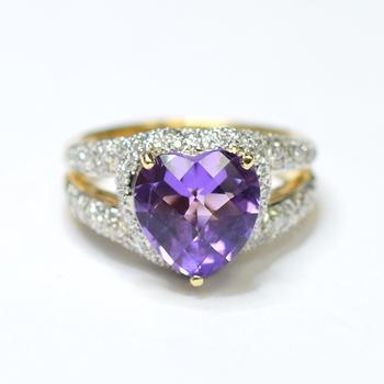14K Yellow Gold 8.75 Grams Split Shank Style Diamond Ring With Heart Shape Amethyst Center Stone