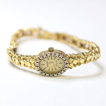 14K Yellow Gold 22.06 Grams Vintage Design Diamond Bezel Watch
