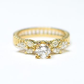 14K Yellow Gold 6.50 Grams 0.60 Carat t.w. Marquise and Round Diamond Ring