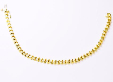 14K Yellow Gold 11.63 Grams 1.00 Carat t.w. Round Diamond Lady's Bracelet