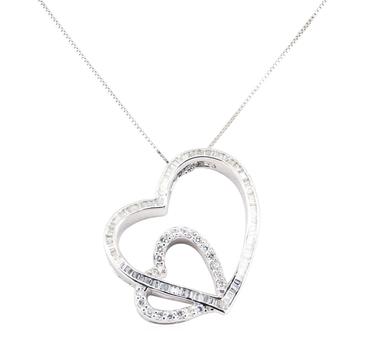 18K White Gold 6.05 Grams 1.00 Carat t.w. Diamond Heart Shape Pendant with Chain