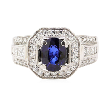 18K White Gold 9.90 Grams Diamond Octagonal Halo Style Ring w/ Sapphire Center Stone