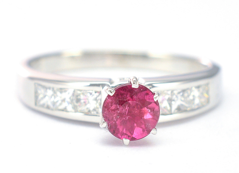 14K White Gold 5.30 Grams Pink Amethyst and Diamond Lady's Ring