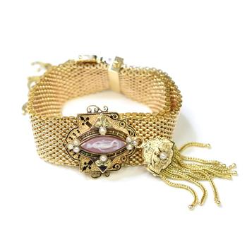 14K Yellow Gold 67.20 Grams Cameo Mesh Design Vintage Bracelet