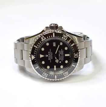 Rolex Deepsea Sea-Dweller 44mm Stainless Steel Ceramic Bezel Mens Watch 116660