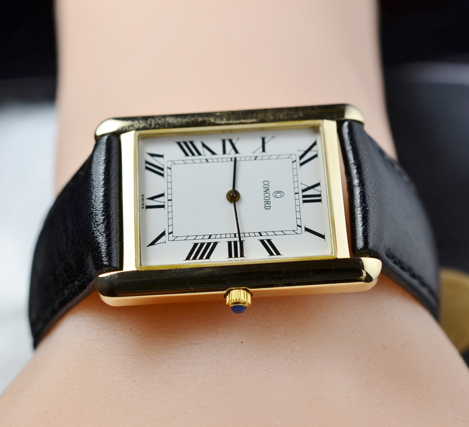 Solid 14k Gold Womens Concord Tank Watch 34 X 25 Mm