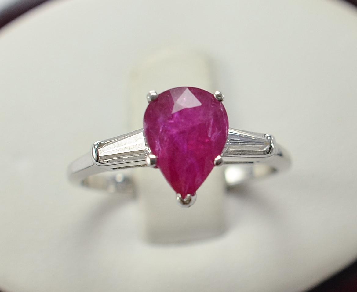 Platinum 4 00 Grams Baguette Diamond Three Stone Ring With