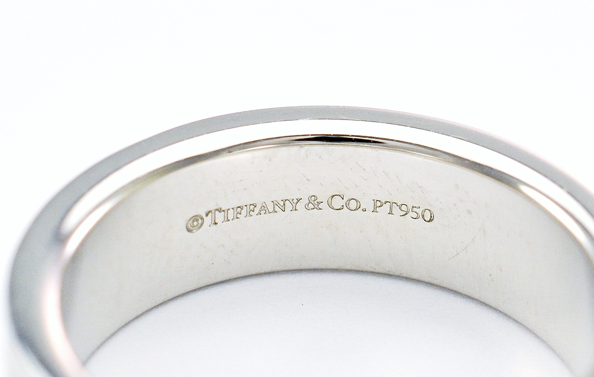 f72fe11a5 Tiffany & Co. Platinum 13.40 Grams High Polished Lady's Band With Double  Milgrain