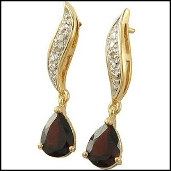 2.82 CT Garnet & Diamond Designer Dangle Earrings List Price $640!