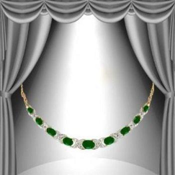 12.17 CT Green Agate & Diamond Elegant Necklace