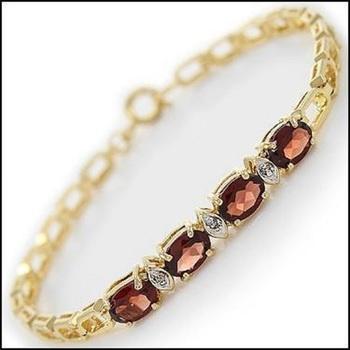 4.39 Ct Garnet & Diamond Designer Bracelet
