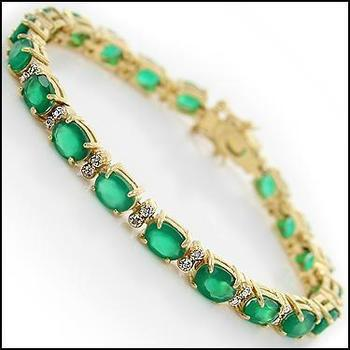 9.02 Cts Green Agate & Diamond Designer Bracelet