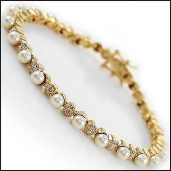 8.07 CT Freshwater Pearl & Diamond Designer 18KGP Bracelet