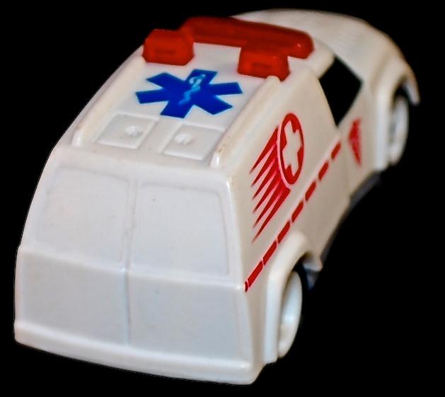 1997 Hot Wheels Happy Meal #9 Ambulance