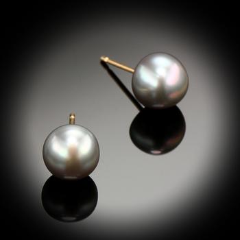 14KY Gold 7mm Pearl Stud Earrings