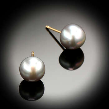 14KY Gold Classic Grey Pearl Stud Earrings