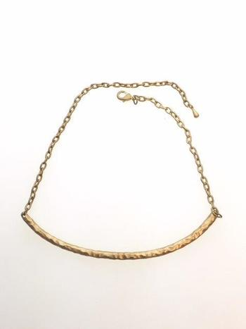 Gold Tone Hammered Texture Bar Necklace