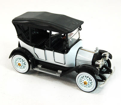 National Motor Museum Mint Co. Model Car / Collectible -1915 Chevrolet Five Passenger Baby Grand