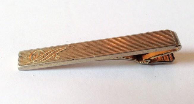 Vintage Light Gold Tone Tie Bar