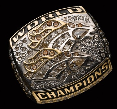 NFL Denver Broncos Super Bowl XXXIIl 1998 Championship Replica Ring Size 9