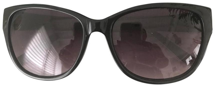 New Oscar De La Renta Sunglasses