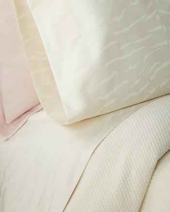Ralph Lauren Home Mirada Standard Pillowcases, Set of Two Retail $115.00