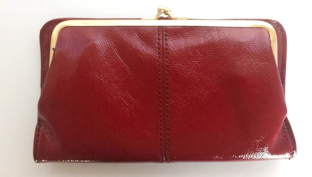 New Fashionable Leather Wallet Retail $198.99