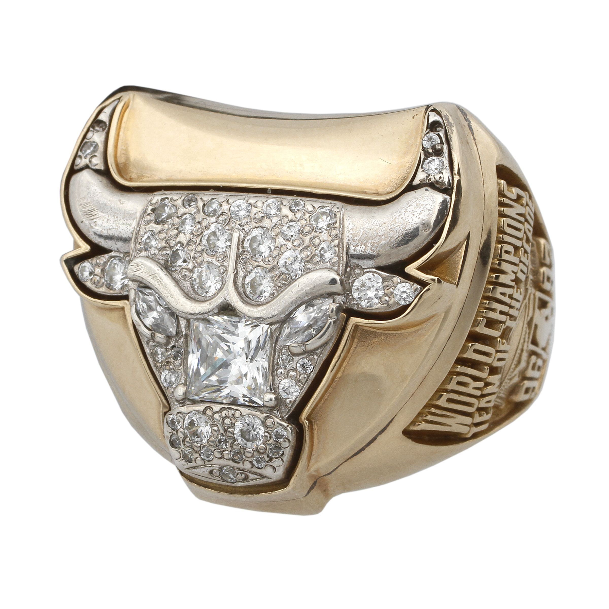 c94a06e371e999 An image relevant to this listing. Michael Jordan Chicago Bulls 1997 Championship  Replica Ring ...