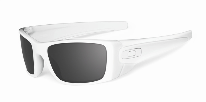 1bad7575ca ... usa oakley fuel cell unisex sunglasses polarized retail 350.00 503cb  1fbe3 50% off oakley fuel cell multicam oefcp with warm grey lens glasses  oo9096 76 ...