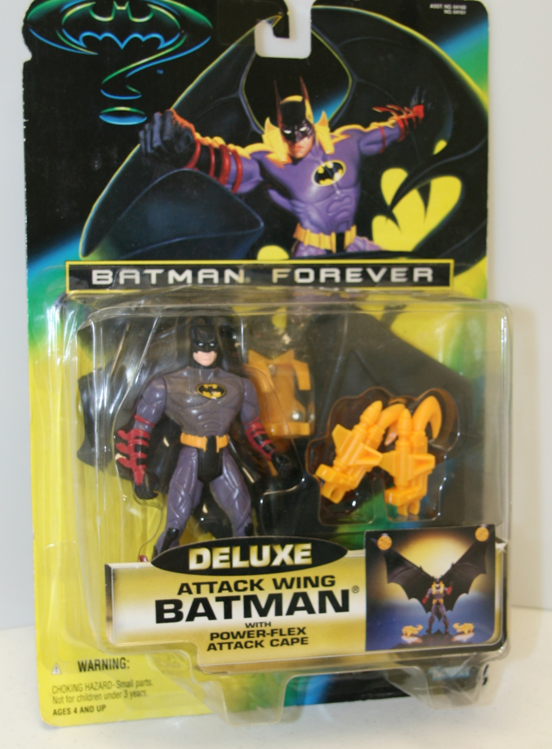 Batman Forever Deluxe Attack Wing Batman Action Figure Kenner