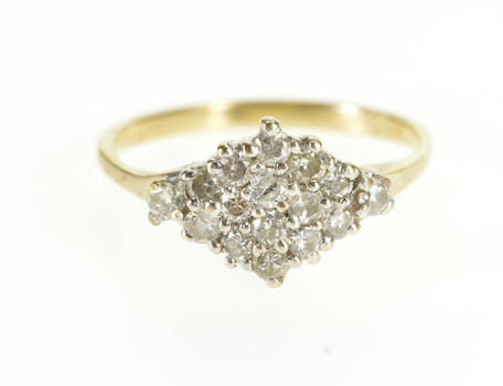 10K 0.50 Ctw Diamond Inset Pointed Cluster Band Yellow Gold Ring, Size 5.25