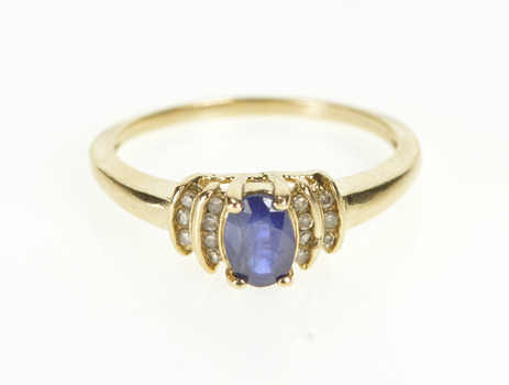 10K 0.57 Ctw Oval Sapphire Diamond Engagement Yellow Gold Ring, Size 6.75