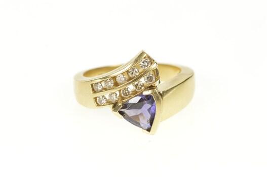 10K 0.90 Ctw Trillion Amethyst Diamond Bypass Yellow Gold Ring, Size 7.25