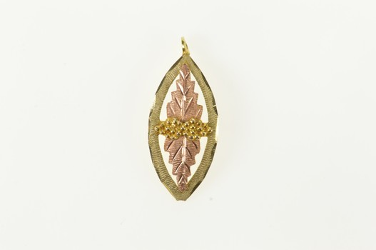 10K Black Hills Leaf Textured Natural Motif Yellow Gold Charm/Pendant