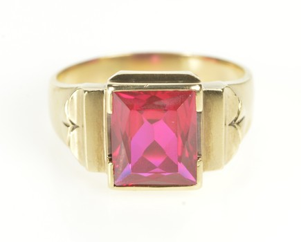 10K Brilliant Cut Syn. Ruby Men's Statement Yellow Gold Ring, Size 13.25
