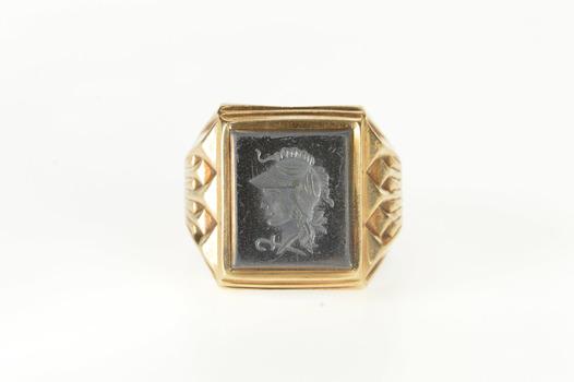 10K Carved Hematite Intaglio Men's Fashion Yellow Gold Ring, Size 9