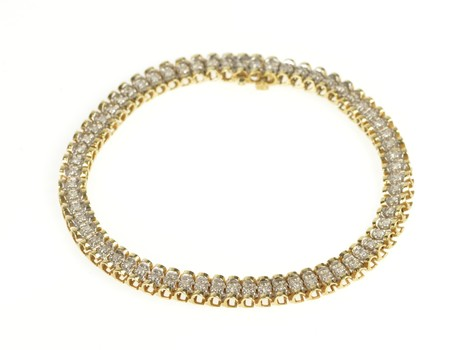 "10K Classic Diamond Encrusted Link Tennis Yellow Gold Bracelet 7.25"""
