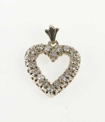 10K Diamond Classic Heart Love Anniversary Gift White Gold Pendant
