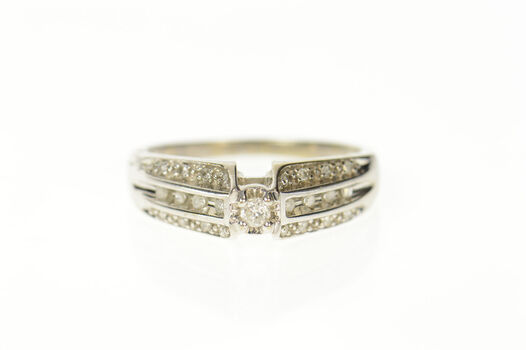 10K Diamond Simple Tiered Accent Promise White Gold Ring, Size 8