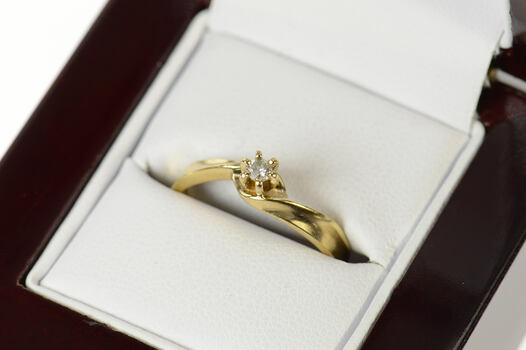10K Diamond Solitaire Classic Promise Engagement Yellow Gold Ring, Size 7