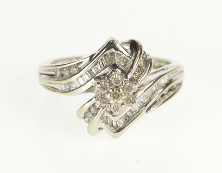 10K Floral DIamond Cluster Bypass Fashion White Gold Ring, Size 7
