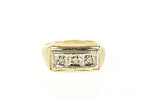 10K Men's Squared Classic Diamond Retro Wedding Yellow Gold Ring, Size 9.75