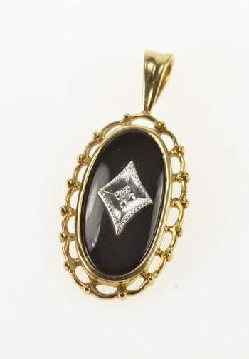 10K Oval Black Onyx Diamond Overlay Retro Yellow Gold Pendant